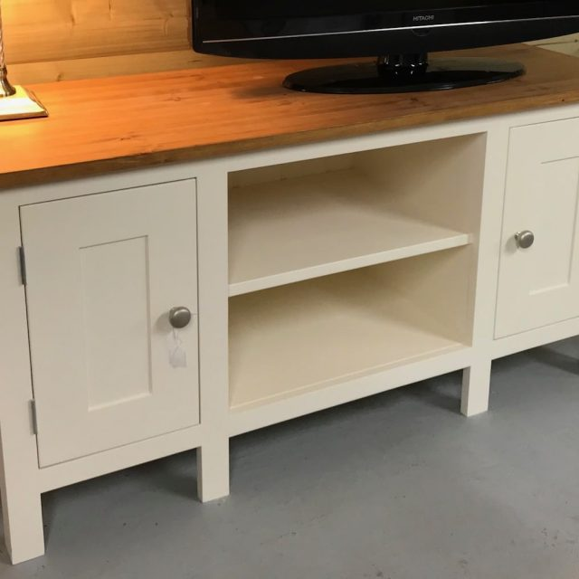 Epworth Range - 2 Door TV Cabinet