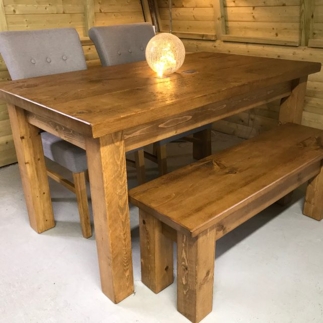 WHITTINGTON 5FT X 3FT DINING TABLE